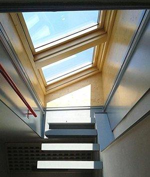 Finestre per tetti piani axel for Finestre per tetto